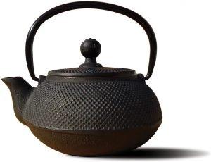 Old Dutch Sapporo Cast Iron Teapot