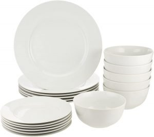 Amazon Basics 18 Piece Kitchen Dinnerware Set