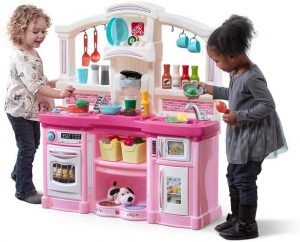 Step2 Fun With Friends Kitchen Play Set